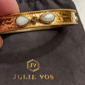 GUC Julie Voss Hallmark gilded bangle 24 karat gold plated bracelet